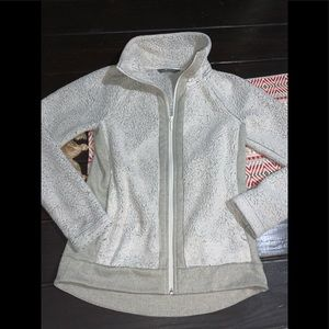 The north face Sherpa zip up XS